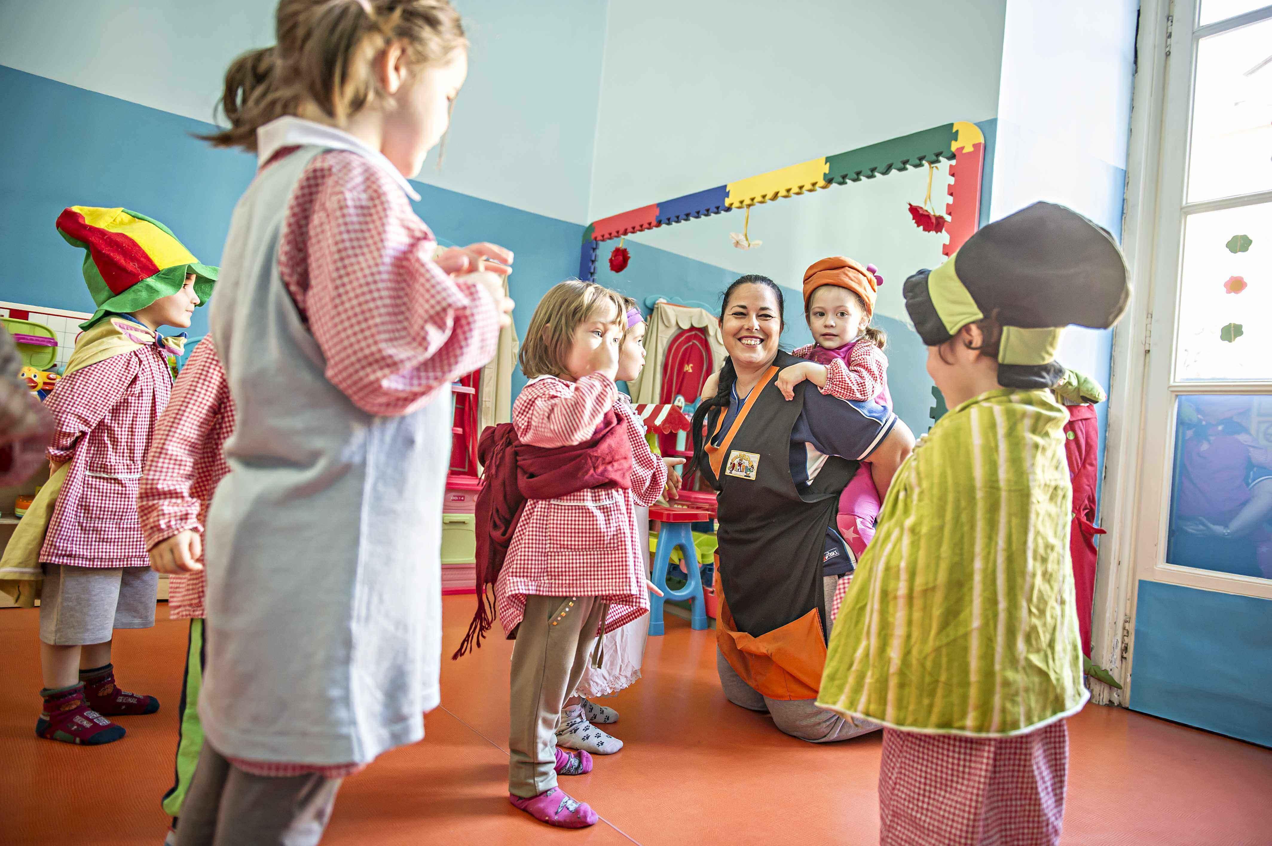 Laboratorio Per Bambini Atelier Della Fiaba Ambarabimbi Scuola